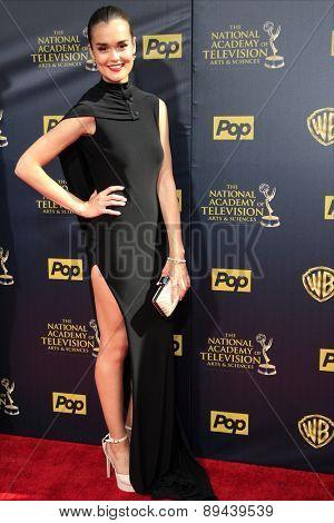 BURBANK - APR 26: True O'Brien at the 42nd Daytime Emmy Awards Gala at Warner Bros. Studio on April 26, 2015 in Burbank, California