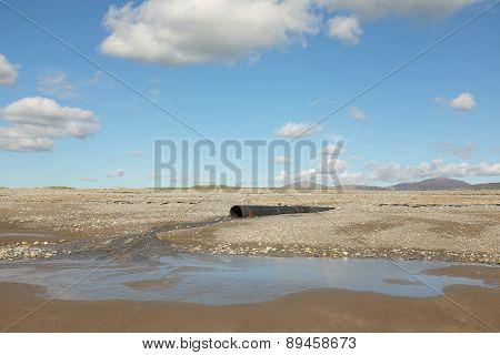 Beach Drainage Pipe