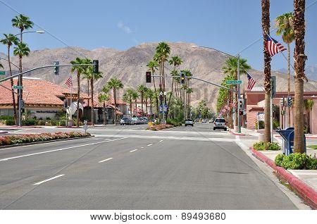 El Paseo Shopping District