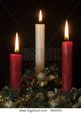 Flaming Xmas Candles