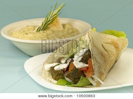 Falafel Wrap & Hummus