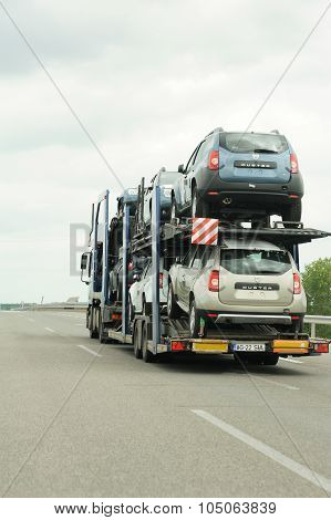 Dacia Duster Cars Being Transported On A Lagermax Trailer