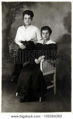 Vintage Photo Of Mother And Daughter