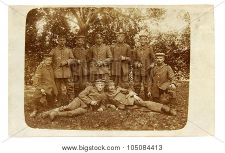 Vintage Photo Of The Officer And Soldiers Of The World War I
