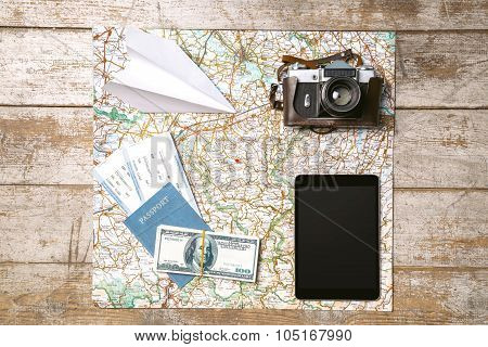 Creative concept for travel objects