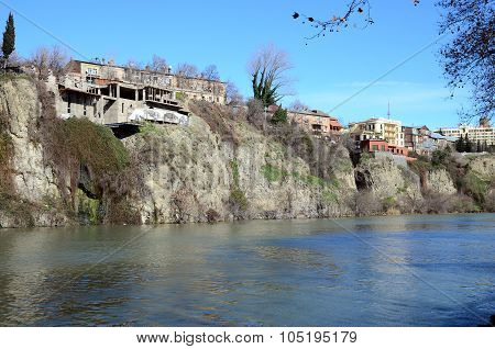 Tbilisi,GE-March,4 2015: Beautiful Buildings On The Steep Shore Over Kura River In Metekhi district