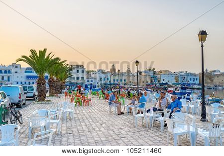 The Evening In Port