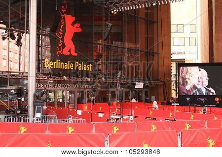 BERLIN, GERMANY - FEBRUARY 11: Berlinale Palast, the main venue at the 62th Berlinale International Film Festival on February 11, 2012 in Berlin, Germany