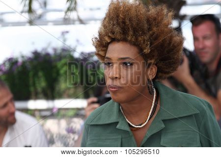 CANNES, FRANCE - MAY 24:  Macy Gray attends the 'The Paperboy' photocall during the 65th Cannes  Festival at Palais des Festivals on May 24, 2012 in Cannes, France.