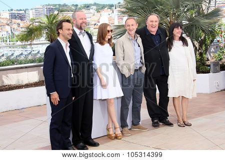 Jean-Baptiste Dupont,  Dan Warner, Isabelle Huppert,  Guillaume Nicloux, Gerard Depardieu, attend the 'Valley Of Love' Photocall during the 68th Cannes Film Festival on May 22, 2015 in Cannes, France.