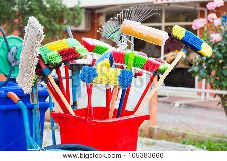 Cleaning accessories. Mops