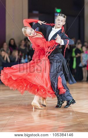 Minsk, Belarus-september 26, 2015: Krupskiy Vladislav And Hatyushina Aleksandra Perform Youth Standa