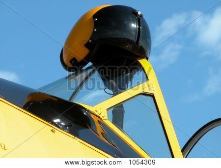Helment Yellow