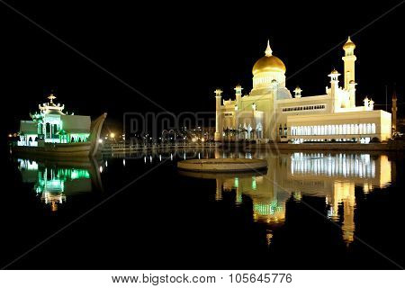 Beautiful Night View of Sultan Omar Ali Saifudding Mosque Bandar Seri Begawan Brunei Southeast Asia poster