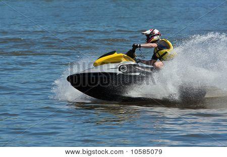 High-speed Jetski