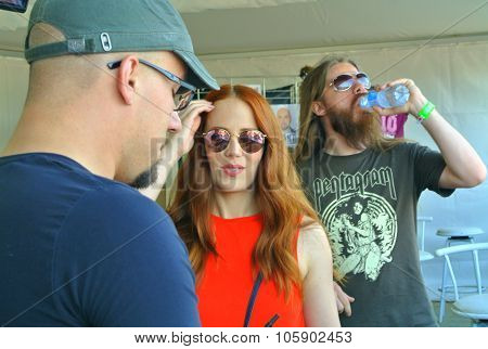 Epica meet and greet Hellfest 2015