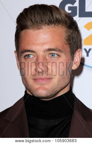 LOS ANGELES - OCT 23:  Robbie Rogers at the 2015 GLSEN Respect Awards at the Beverly Wilshire Hotel on October 23, 2015 in Beverly Hills, CA
