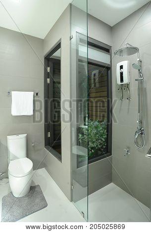 modern bathroom and towel in modern home