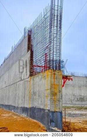 building site construction of concrete designs iron frame constructions