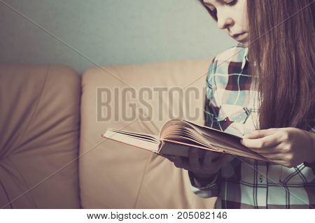 Young Woman Reading. Close Up On Woman Hands Turning Page In Vintage Book. Woman Read A Book. Soft P