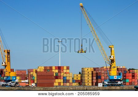 Harbor Gantry Cranes And Sea Containers