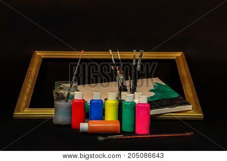 Paints and brush artist / Watercolor paints