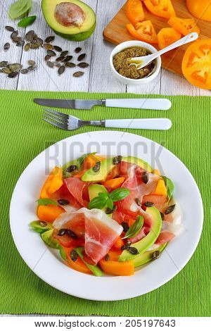 Salad With Ham, Tomato, Pumpkin Seeds, Avocado