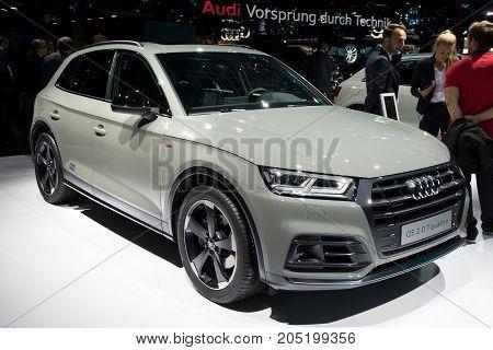 Audi Q5 2.0 T Quattro Car