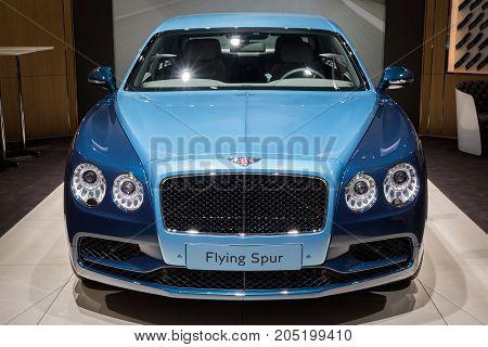 Bentley Flying Spur Luxury Car