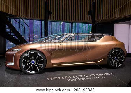 Renault Symbioz Concept Car