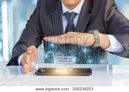 Businessman Develops An Innovative Mechanism In Internet Trading.