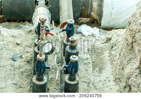 Safety valve with new pressure gauge on the heating pipeline