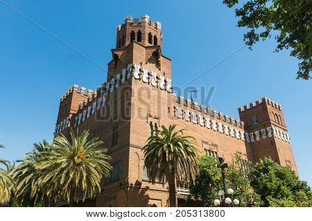 View Of The Castle Of The Three Dragons (castell Dels Tres Dragons) In The Parc De La Ciutadella