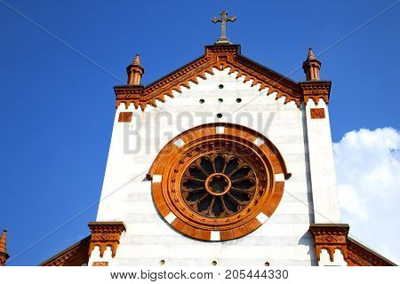 Rose Window  Italy  Lombardy     The Mercallo