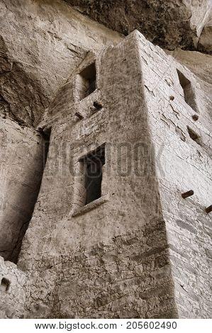 One of the towers in Cliff Palace, at Mesa Verde. Retro look