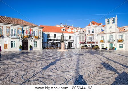CASCAIS PORTUGAL - SEPTEMBER 24 . 2017 . Cascais is famous and popular summer vacation spot for Portuguese and foreign tourists