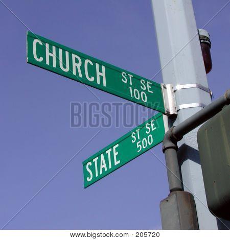 An der Kreuzung von Kirche und Staat Straßen