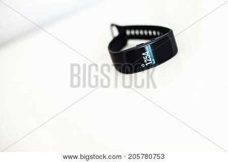 Fit Band Showing Amount Of Burned Calories