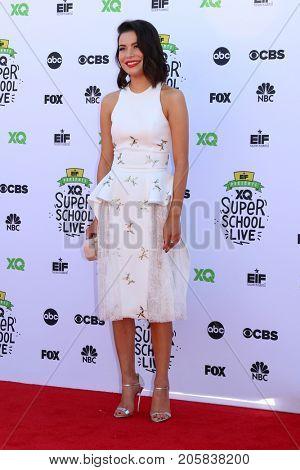 LOS ANGELES - SEP 8:  Miranda Cosgrove at the EIF Presents: XQ Super School Live at the Barker Hanger on September 8, 2017 in Santa Monica, CA