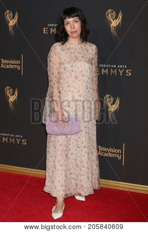 LOS ANGELES - SEP 9:  Sarah Barnett at the 2017 Creative Emmy Awards at the Microsoft Theater on September 9, 2017 in Los Angeles, CA