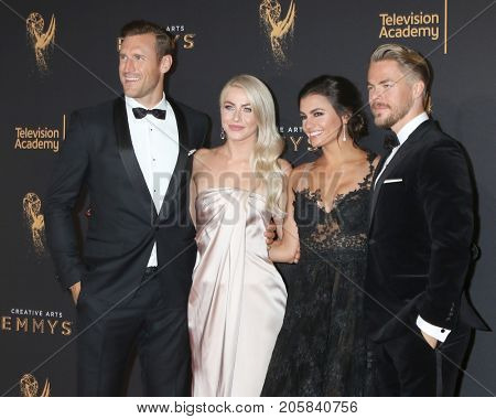 LOS ANGELES - SEP 9:  Brooks Laich, Julianne Hough, Hayley Erbert, Derek Hough at the 2017 Creative Emmy Awards at the Microsoft Theater on September 9, 2017 in Los Angeles, CA