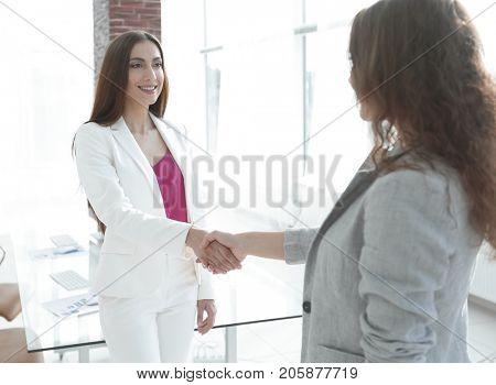 welcome handshake women business partners