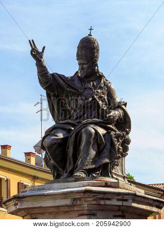 Rimini - Statue Of Pope Paul V