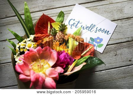 Get well soon message with bouquet