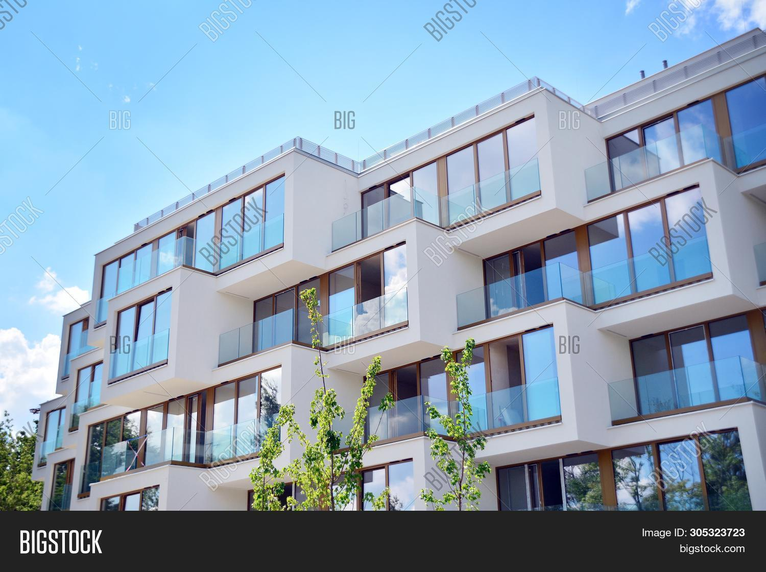 Modern Apartment Image & Photo (Free Trial) | Bigstock