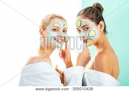 Anti Age Care. Stay Beautiful. Skin Care For All Ages. Women Having Fun Skin Mask. Pure Beauty. Beau