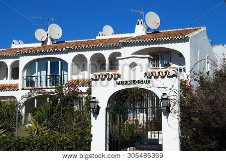 Riviera Del Sol, Spain - January 21, 2009 - Row Of Pretty Spanish Whitewashed Townhouses, Riviera De