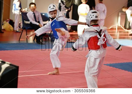 Orenburg, Russia - January 27, 2018 Years: The Kids Compete In Taekwondo