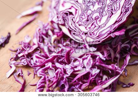 Cabbage Purple / Shredded Red Cabbage Slice In A Wooden Cutting Board