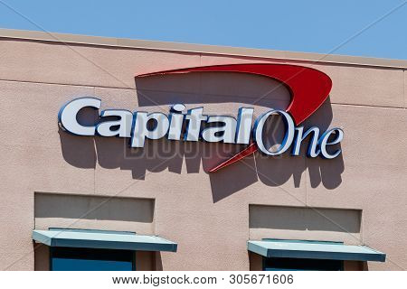 Summerlin - Circa June 2019: Capital One Financial Call Center. Capital One Is A Bank Holding Compan